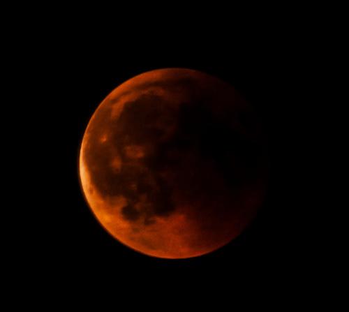 Zacmienie Ksiezyca 27.07.2018 nastepna faza w ktorej w ogole byl dla mnie widoczny..:( #Zacmienie #Ksiezyca 27 07 2018 #niebo #galaktyka #zjawiska #astronomia #astronautyka