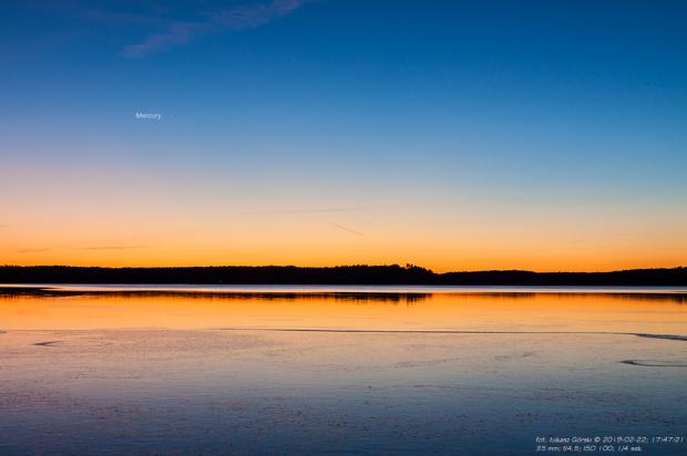Merkury na tle zorzy wieczornej. #merkury #zorza #zachód #jezioro #Chojnice