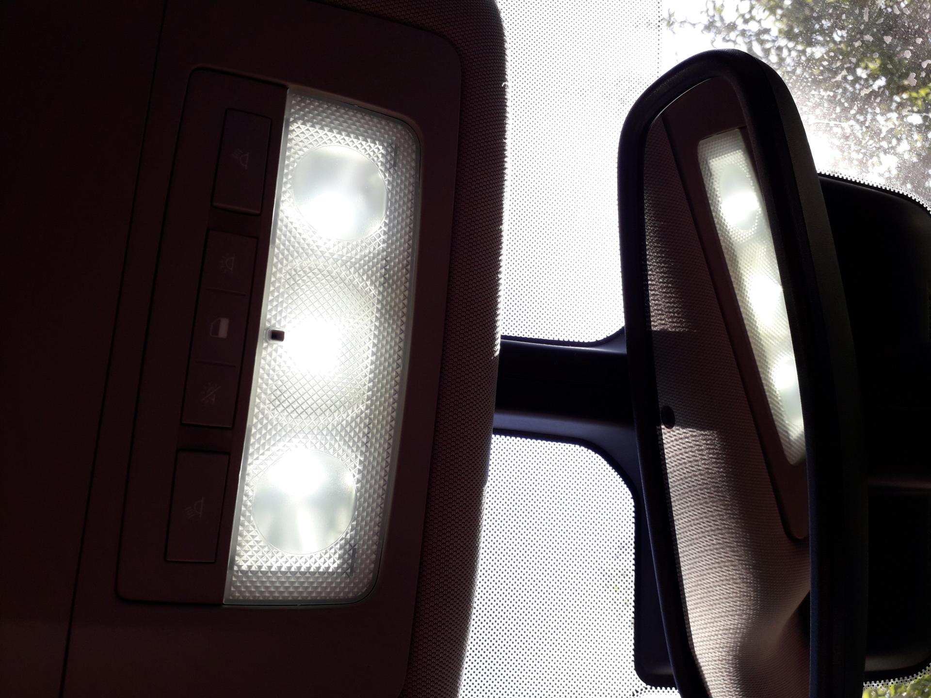 Led Oświetlenie Wnętrza I Tablicy Rejestracyjnej Strona