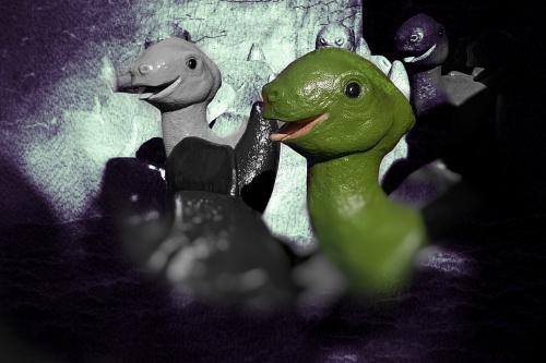 Pstryk codzienny - Dinożarły atakujo