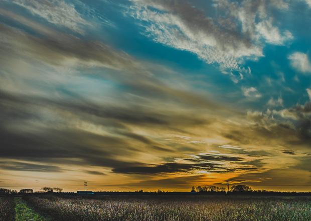 wielkanocny zachód słońca