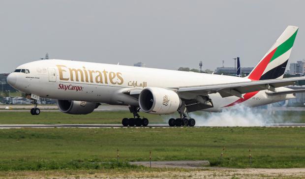 Lądowanie Emirates Cargo na Lotnisku Chopina :)