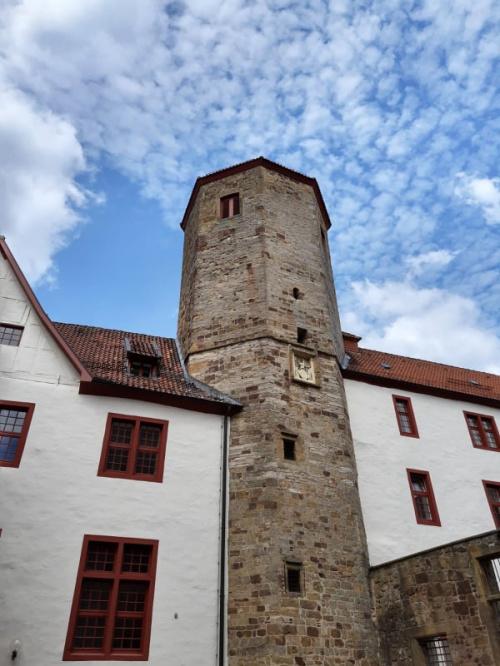 Zamek w Bad Iburg z 1225r.